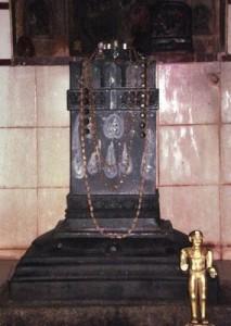 sri-vishnu-teertharu-madanooru1