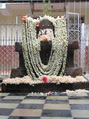 sri-brahmanya-teerthara-brindavana1