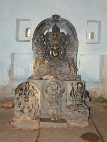 Shodasha+Baahu+Narasimha
