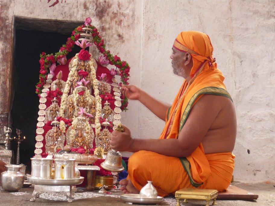 Shri-Suvidyendra-Teertharu-1
