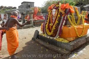 Padmanabha-Tirtharu-Suyateendra-Tirtharu-300x199